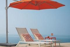 Nice-Summer-Cantilever-Patio-Umbrellas-Decor-Sets
